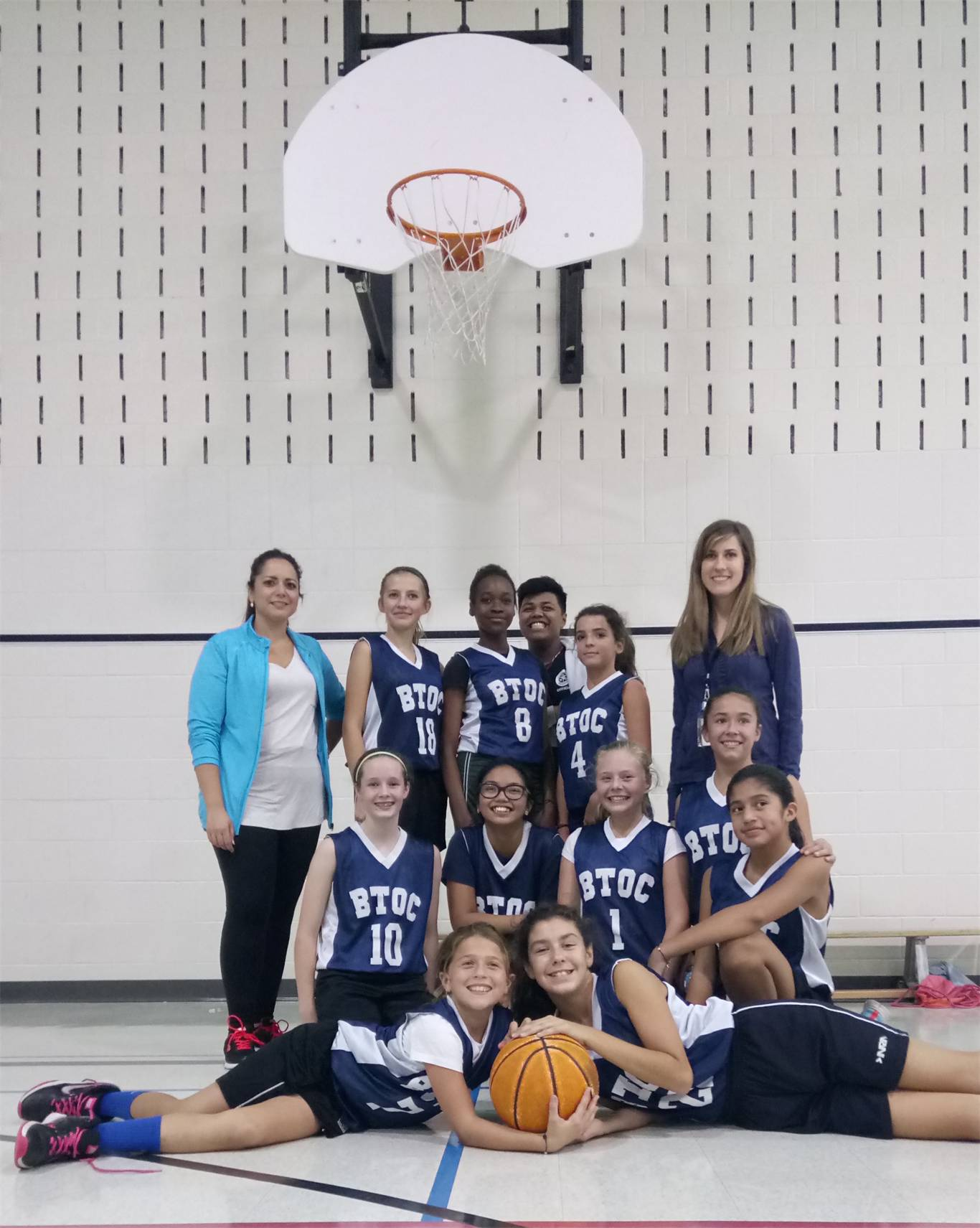 Sr. Girls Basketball Team