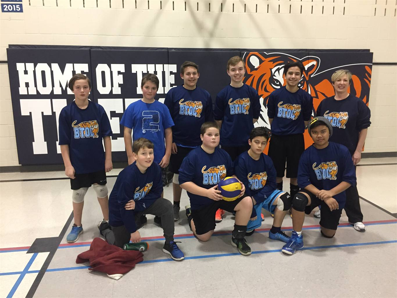 Sr. Boys Volleyball